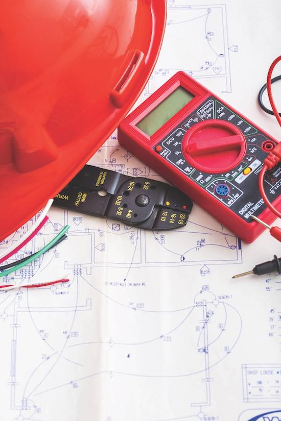 electrical contractor available in Southern MD